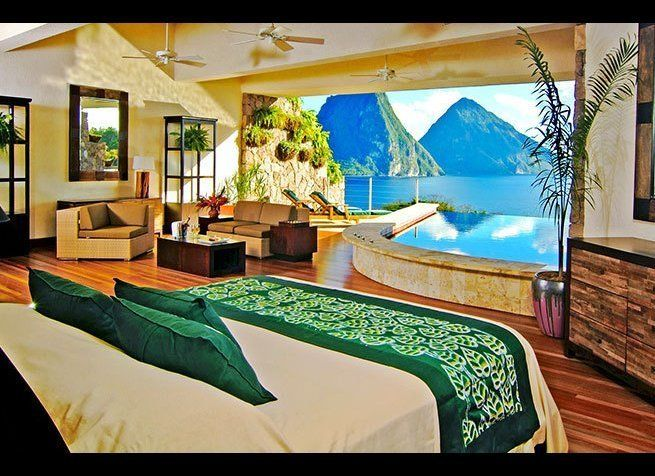 <em>Photo Credit: Courtesy of Jade Mountain</em>