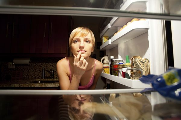 Don't feel guilty about heading to the refrigerator for a midnight snack... that is, if you're actually hungry. Avoid late ni
