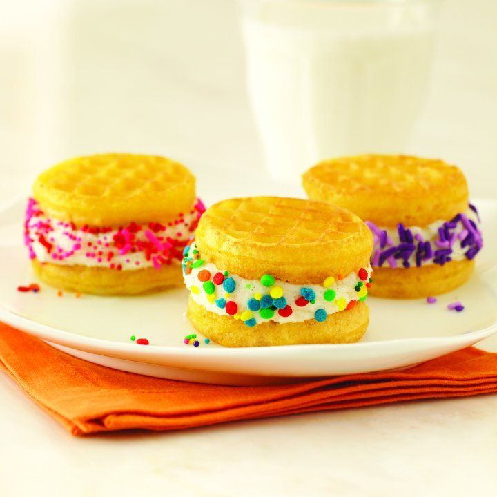 """Make these super cute ice cream sandwiches using waffles as the bread. This <a href=""""http://easyhomemeals.com/recipe/-mini-ic"""