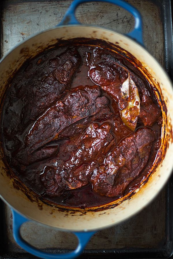 """<strong>Get the <a href=""""http://slimpalate.com/ancho-chile-braised-country-style-pork-ribs/"""" target=""""_blank"""">Ancho Chile Brai"""