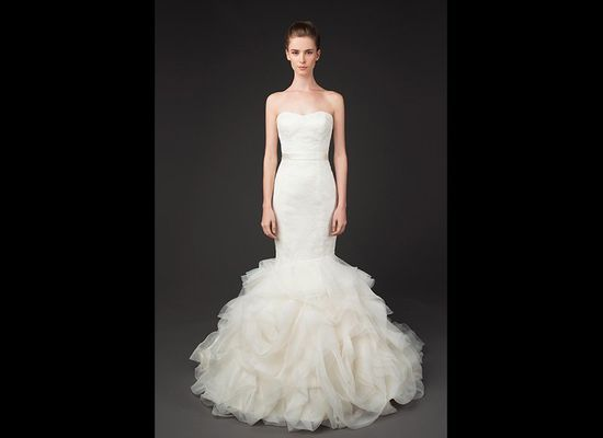 529cec1674 80-Pound Wedding Dresses Bedazzled In Jewels? This Gypsy Designer ...