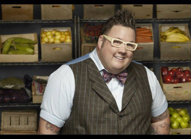 MasterChef judge Graham Elliot deserves a serious round of applause for losing a jaw-dropping amount of poundage. The Chicago