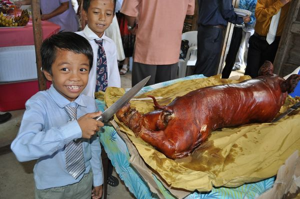 Just take a look at the list of most popular dishes in the Philippines:  lechón (whole roasted pig), longganisa (Philippine s