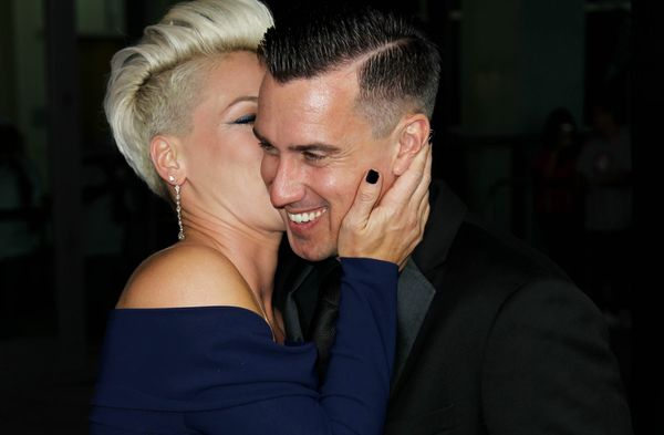 """P!nk took things into her own hands when <a href=""""http://www.mtv.com/news/articles/1505056/pink-gets-engaged-racer-carey-hart"""