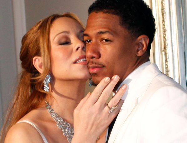 """<a href=""""http://www.people.com/people/article/0,,20211210,00.html"""" target=""""_blank"""">Nick Cannon proposed</a> to his dream girl"""