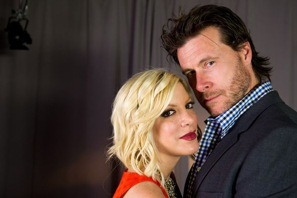 Though their marriage is currently on the rocks, Dean McDermott's proposal to Tori Spelling was something straight out of a f
