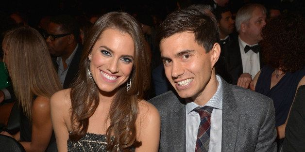 LOS ANGELES, CA - FEBRUARY 10:  Actress Allison Williams (L) and Ricky Van Veen attend the 55th Annual GRAMMY Awards at STAPLES Center on February 10, 2013 in Los Angeles, California.  (Photo by Lester Cohen/WireImage)