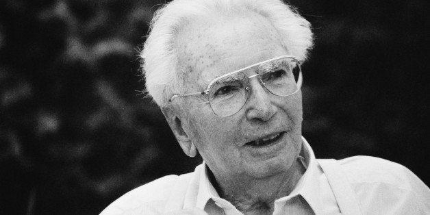 UNSPECIFIED - CIRCA 1994:  Portrait of austrian psychologist Viktor Frankl, Photograph, 1994  (Photo by Imagno/Getty Images)  [Portr?t Viktor Frankl, Photographie, 1994]