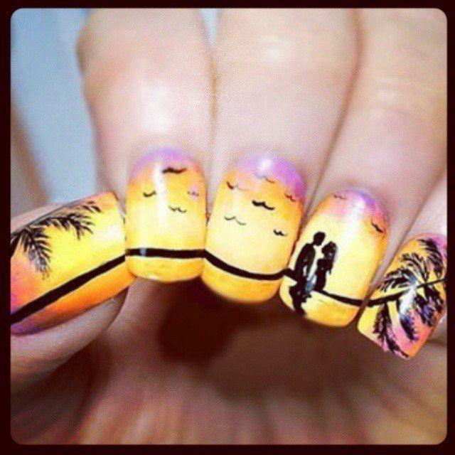 Experience the sunset with this romantic nail design. - Tropical Nail Art: Sunsets, Sea Turtles And Sandy Beaches (PHOTOS