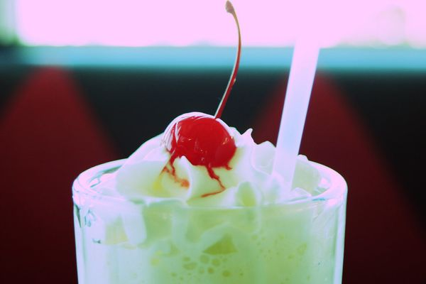 "The vegan milkshakes at <a href=""http://www.veggiediner.com/"" target=""_blank"">the Chicago Diner</a> are so extraordinary, it'"