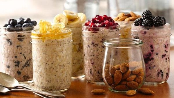 <br><strong>SWAP OUT:</strong> Granola<br><br><strong>SWAP IN:</strong> Overnight Oatmeal <br><br> While both granola and oat