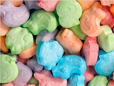 Like most fruity candies, these cuties have no fat, although a serving does have 12 grams of sugar. The good news? About 30 m