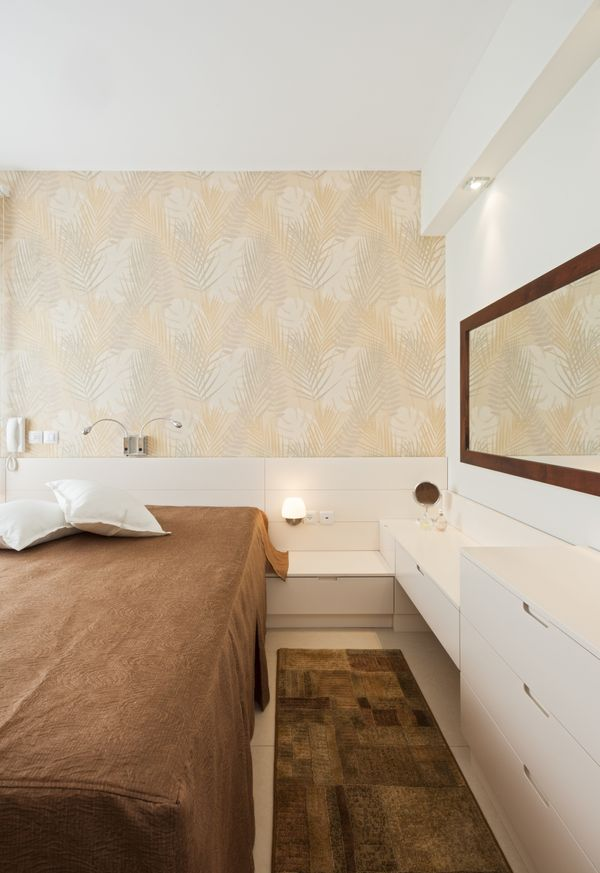 """Revamp your walls without all that messy wallpaper removal by <a href=""""http://www.huffingtonpost.com/2012/09/21/diy-idea-sten"""