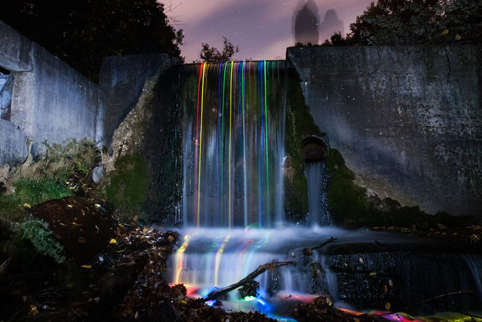 "<a href=""http://www.fromthelenz.com/neon-luminance/"" target=""_blank"">Long-Exposure Neon Waterfalls</a>"