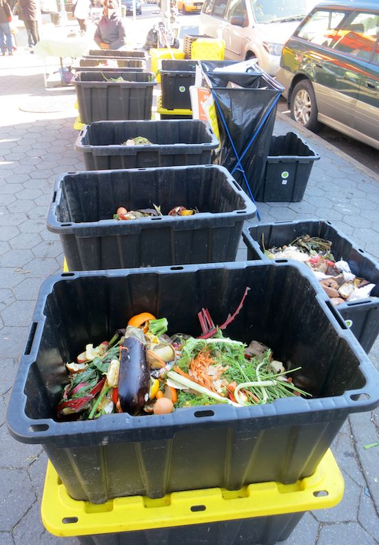 If your farmers market has a compost program, you're a good human for participating.