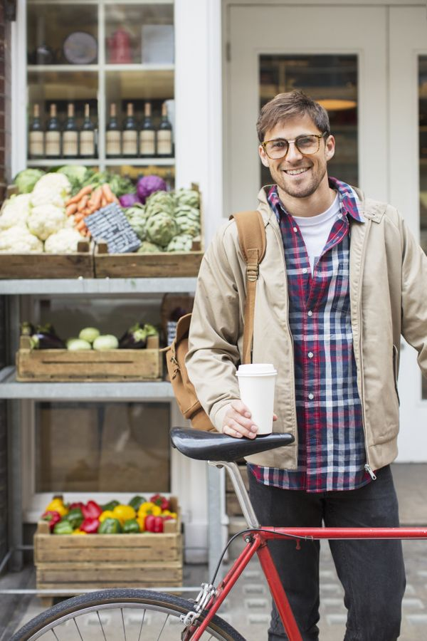 We suppose the farmers market is as good a place as any to pick up a date, but can you at least pretend you're there to shop?