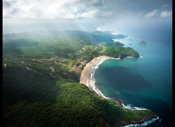 <strong>MUKUL BEACH, GOLF & SPA Guacalito de La Isla, Nicaragua</strong>    Nicaragua may be one of the world's hot eco-d