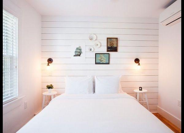 <strong>SALT HOUSE INN Provincetown, Massachusetts</strong>  What I wanted: the un-B&B B&B—a hotel both spotless and moder