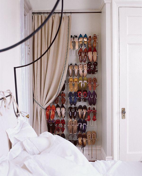 Got dozens of shoes? Put 'em up.