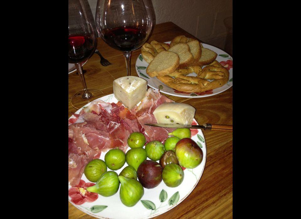 Fresh figs, pecorino, and prosciutto are perfect with a glass of young Morellino.