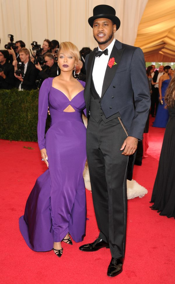 Carmelo looks particularly dapper and stayed true to the night's theme. On the other hand, LaLa's purple gown misses the mark