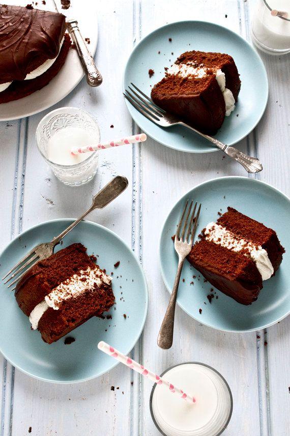 "<strong>Get the <a href=""http://www.mowielicious.com/home/2012/01/chocolate-birthday-cake-a-walk-around-marylebone-finally-jo"