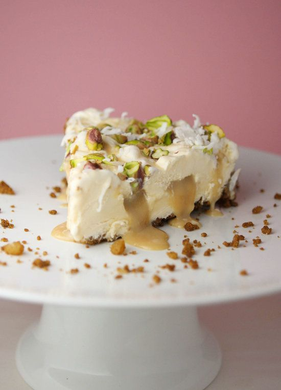 "<strong>Get the <a href=""http://www.pipandebby.com/pip-ebby/2011/4/20/passion-fruit-ice-cream-pie.html"" target=""_blank"">Passi"