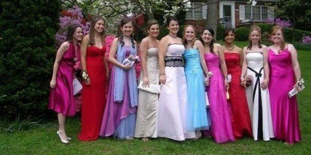 Farewell To Jessica Mcclintock The Name Behind Four Decades Of Perfect Prom Dresses