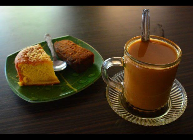 The British introduced coffee to Malaysia in the early 19th century but the style here is to serve it thick and sweet. One pa