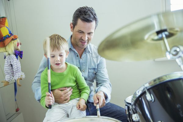Make your kids into well-rounded little humans by teaching them a musical instrument. If you're not musically inclined, look