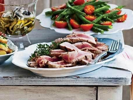 """<strong>Get the <a href=""""http://www.huffingtonpost.com/2011/10/27/grilled-nioise-tuna-stea_n_1058455.html"""" target=""""_blank"""">Gr"""