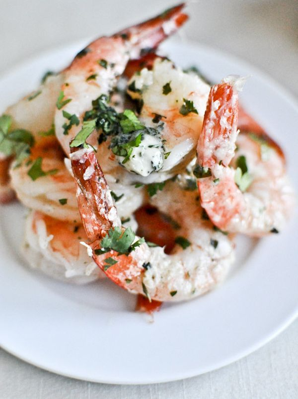 """<strong>Get the <a href=""""http://www.howsweeteats.com/2012/08/roasted-basil-butter-parmesan-shrimp/"""" target=""""_blank"""">Roasted B"""