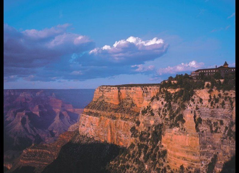 <strong>EL TOVAR
