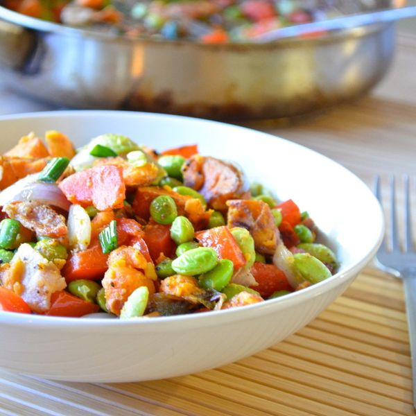 "<strong>22.2 grams of protein</strong><br><a href=""http://apple-of-my-eye.com/2014/02/02/healthy-edamame-sweet-potato-hash/"""
