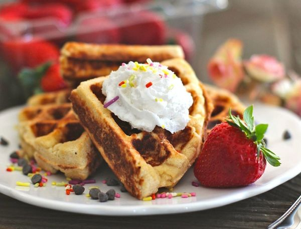 "<strong>12 grams of protein</strong><br><a href=""http://dessertswithbenefits.com/healthy-low-carb-gluten-free-waffles/"" targe"