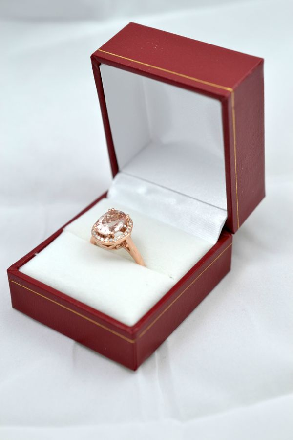 This Engagement Ring Came In A Sad, Little Box. Now It Looks ...