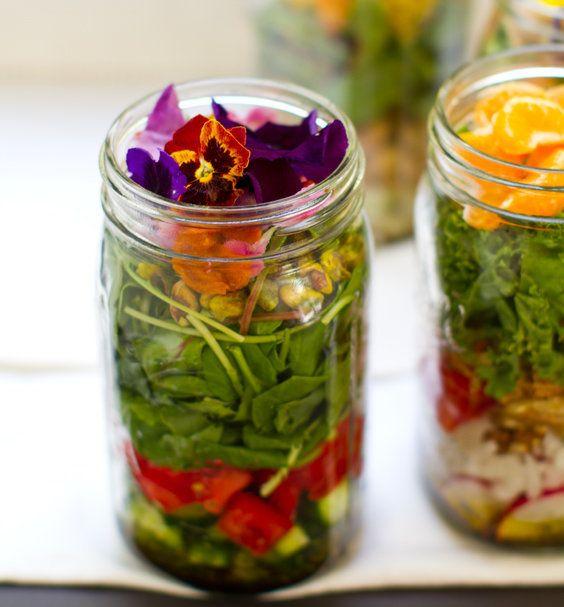 "<strong>Get the <a href=""http://kblog.lunchboxbunch.com/2012/06/vegan-salad-in-jar-make-ahead-bliss.html"" target=""_blank"">Gre"