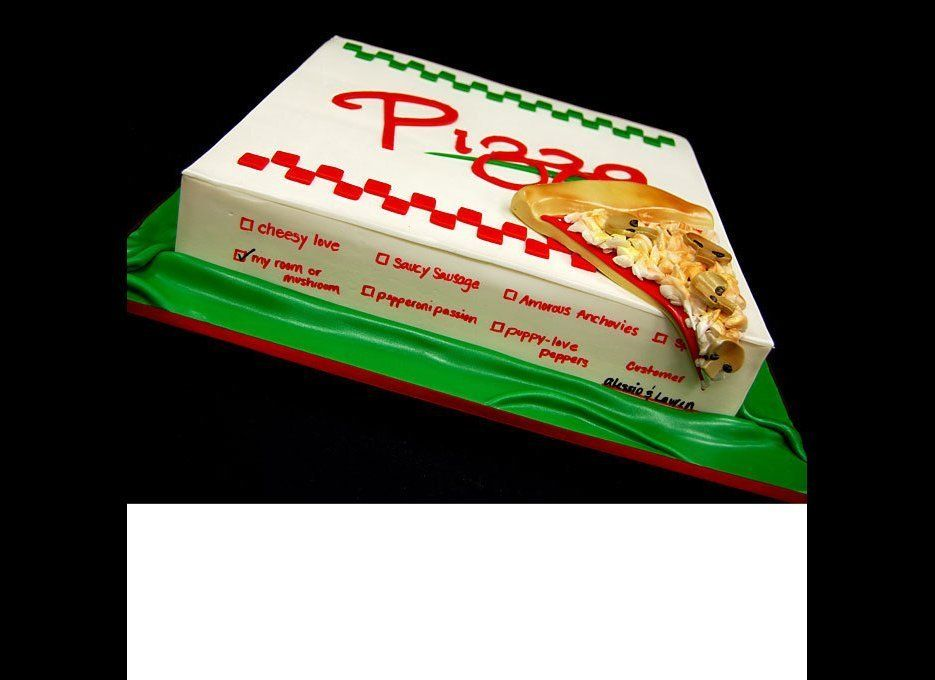 Because the bride and groom met and fell in love with Italy, a pizza-themed groom's cake was a fitting choice. (Check out the