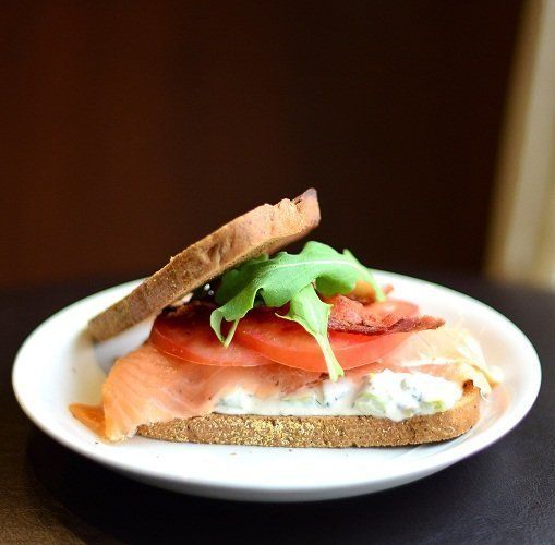 "<strong>Get the <a href=""http://www.versesfrommykitchen.com/2011/04/sunday-brunch-smoked-salmon-sandwich-with-asparagus-tarta"