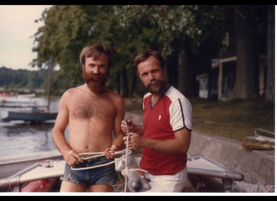 """<a href=""""https://www.huffpost.com/entry/hipster-trends-dads_b_1594657"""" target=""""_blank"""">You dad wore jorts before you did</a>"""