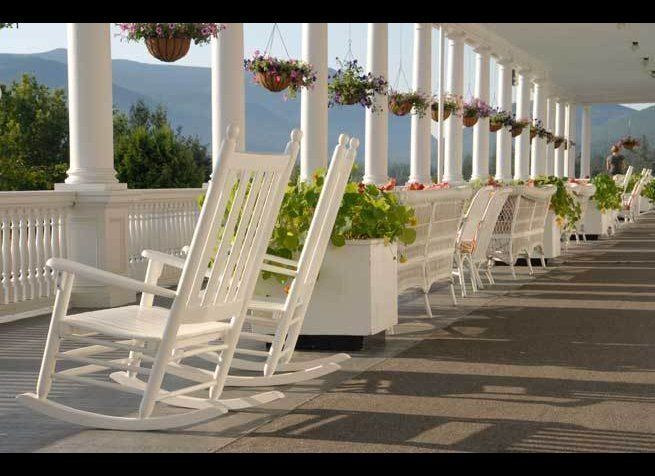 <em>Photo Credit: Courtesy of Omni Mount Washington Resort</em><strong>Where</strong>: Bretton Woods, New Hampshire  Guests
