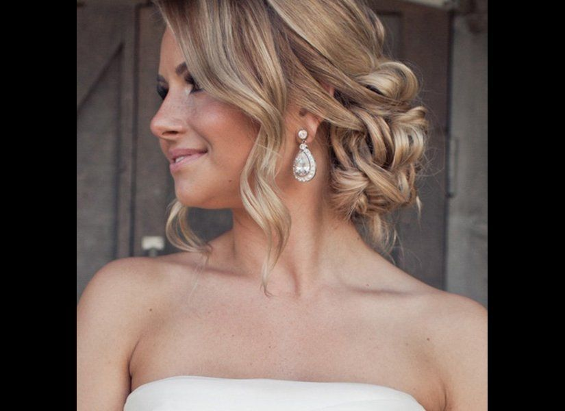"If you have face-framing layers, leave them out to create a soft, romantic look.<br><br><em>Photo Credit: <a href=""http://www"