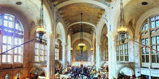 Pano of the Brooklyn Flea at the Williamsburg Bank building.