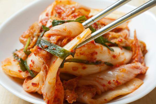 "<a href=""http://www.huffingtonpost.com/2014/05/05/kimchi-recipes-korean-photos_n_3908421.html"" target=""_blank"">Kimchi</a>, th"