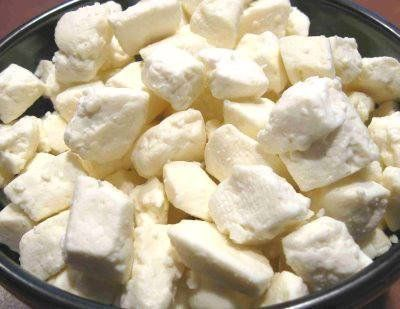 """Most people hear the words """"cheese curds"""" and don't know what to think. To clarify, <a href=""""http://www.huffingtonpost.com/20"""