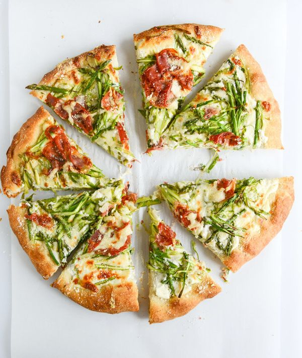 """<strong>Get the <a href=""""http://www.howsweeteats.com/2014/05/shaved-asparagus-and-whipped-ricotta-pizza/"""" target=""""_blank"""">Sha"""