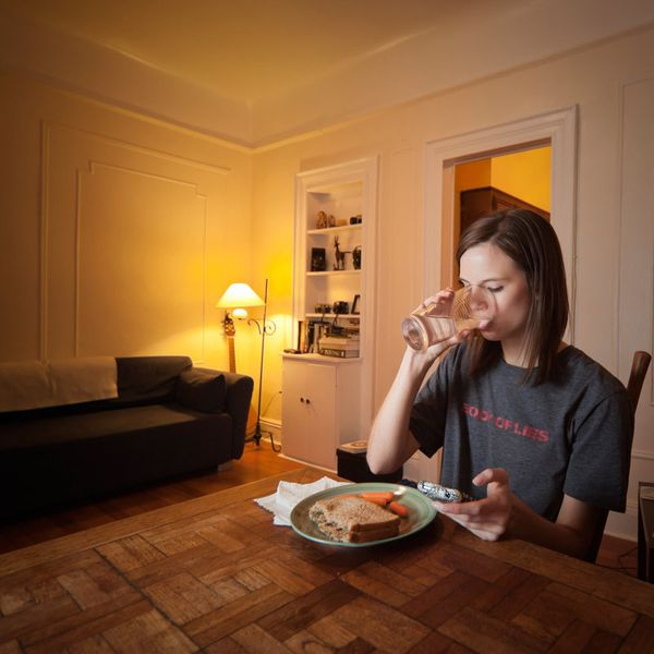 Chelsea Olson, a model, concentrates on her food while reviewing her busy day.<br><strong>Age: </strong>20<br><strong>Time:</