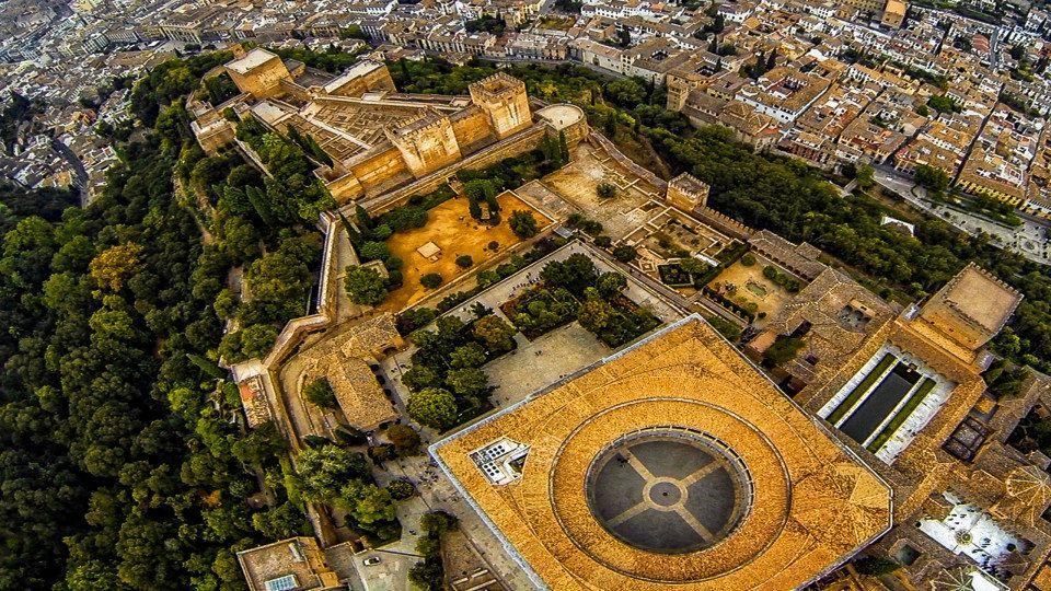 """La Alhambra de Granada (<a href=""""http://www.dronestagr.am/la-alhambra-de-granada-3/"""" target=""""_blank"""">migueljavalos</a>)"""