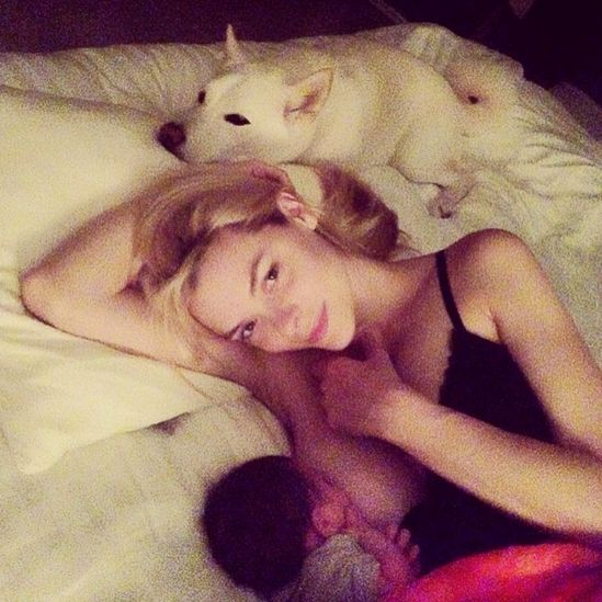 "Jaime King <a href=""http://www.huffingtonpost.com/2014/06/10/jaime-king-breastfeeding-photo-_n_5479735.html"" target=""_blank"">"