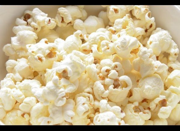 Oh yes, we said it: pizza popcorn. Gourmet popcorn is nothing to scoff at; this stuff can make for a great party snack that t